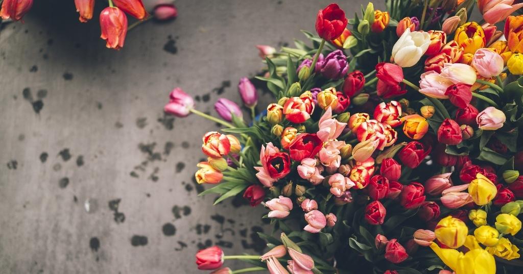 Доставка цветов фото доставка цветов санк
