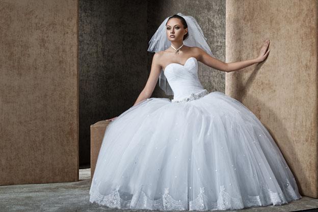 a9b6a9f291b33ea Узкие свадебные платья модный тренд 2014 года