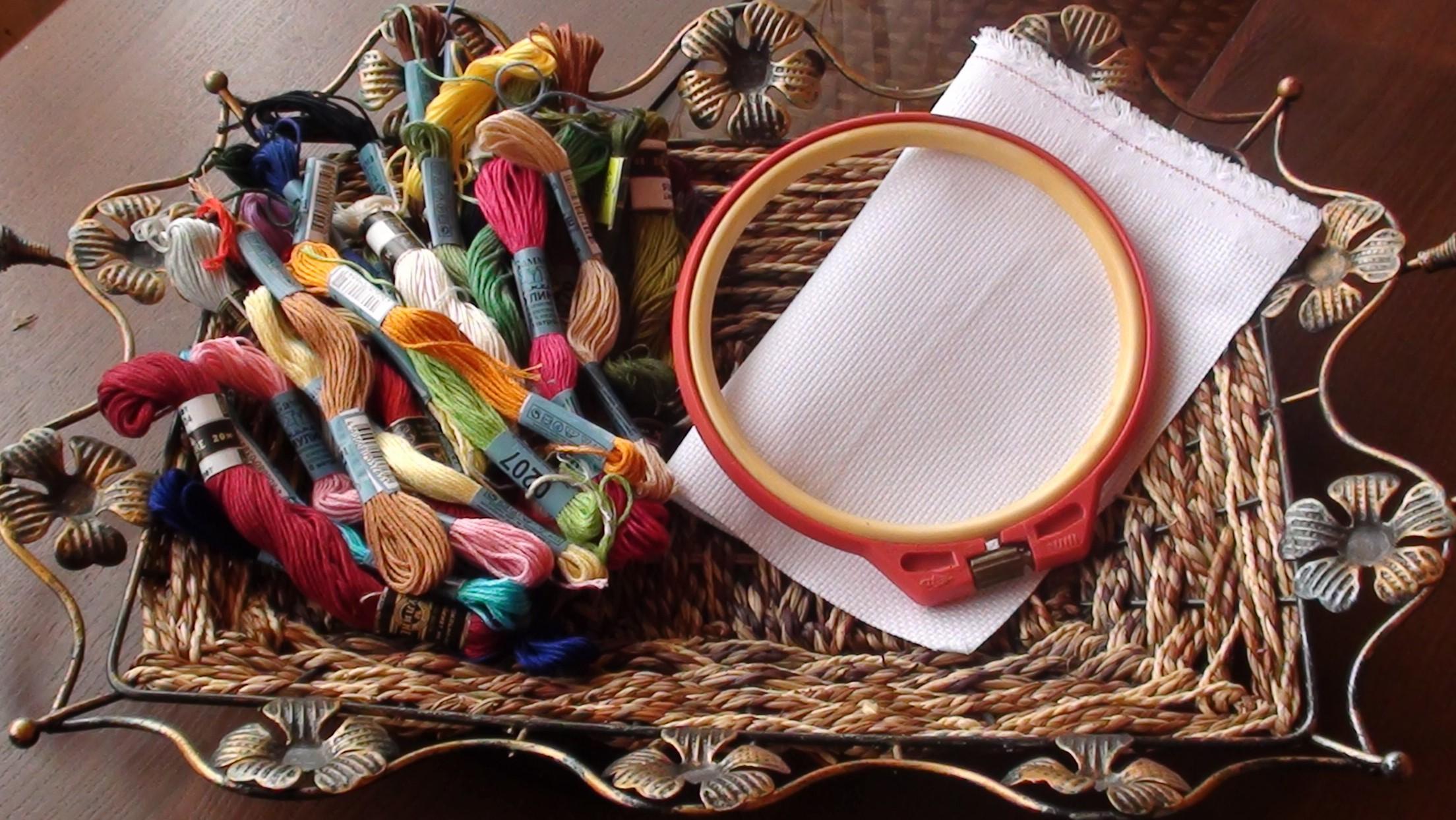 Иголки и нитки для вышивке крестом 441